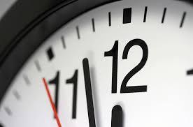 kérni az időt, hogy megismerjék
